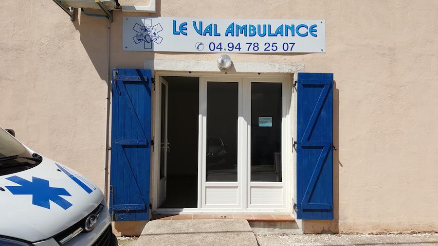 Le val ambulance 83