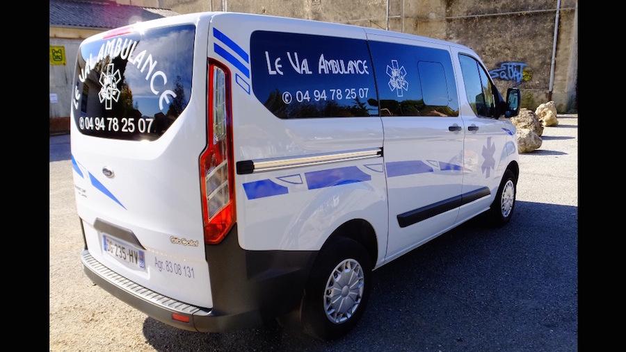 Ambulance Le Val